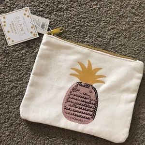 Pineapple cosmetic case